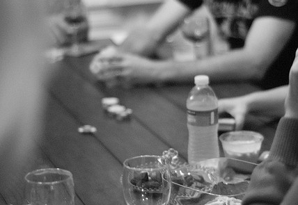 Plan the Perfect Outdoor Poker Night  #pokernight