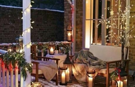 Seasonal Deck Decorations for Christmas and Beyond