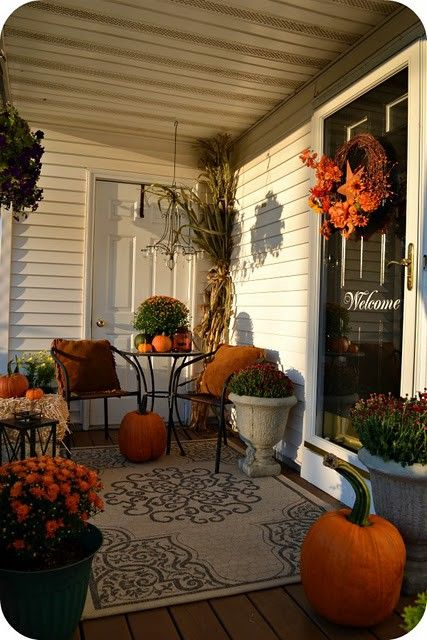Halloween deck decorating ideas - Fall decorating ideas for front porch ...